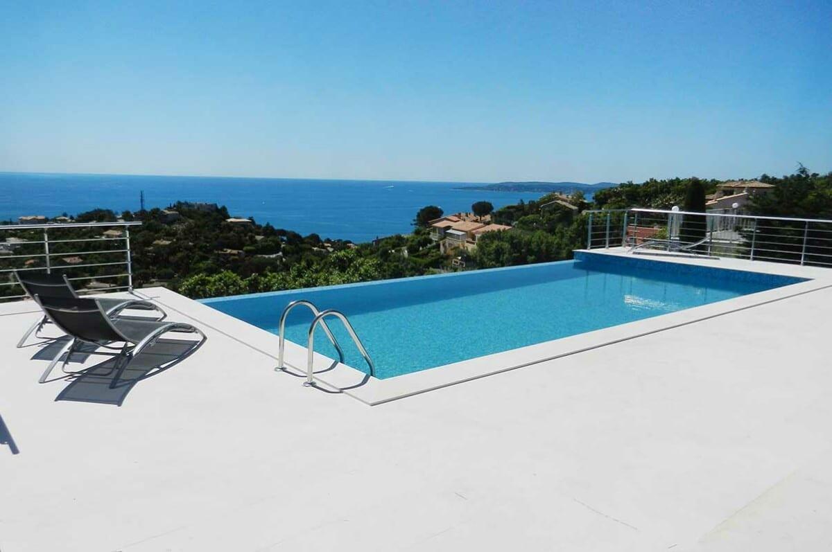 villa met zwembad en zeezicht - Les Issambres